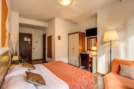 Hotel Trastevere Rooms