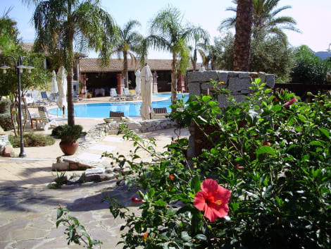 Hotel Cruccuris Resort