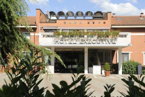 Hotel Executive Hotel