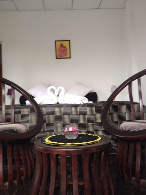 Friends Guesthouse Negombo Hotel