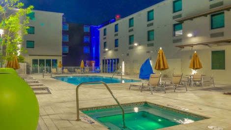 Hotel Holiday Inn Express & Suites Miami Airport East