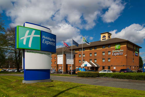 Holiday Inn Express BIRMINGHAM - OLDBURY Hotel
