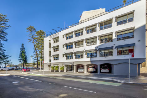 Manly Paradise Motel & Apartments Hotel