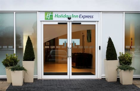 Holiday Inn Express WAKEFIELD Hotel