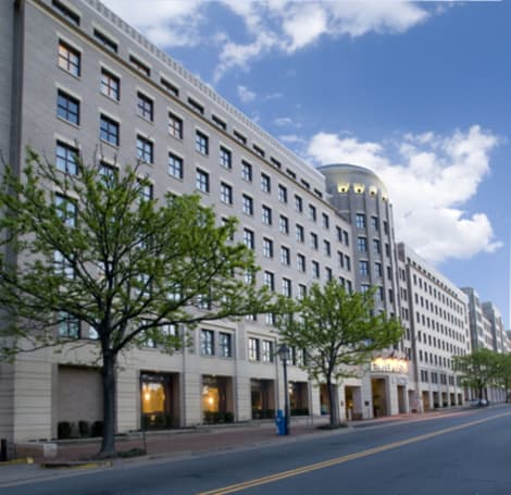 Embassy Suites by Hilton Alexandria Old Town Hotel