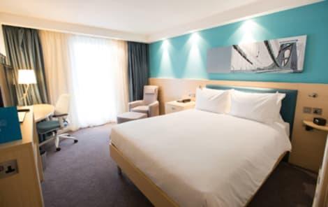 Hotel Hampton by Hilton Bristol Airport