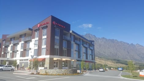 Ramada Suites By Wyndham Queenstown Remarkables Park
