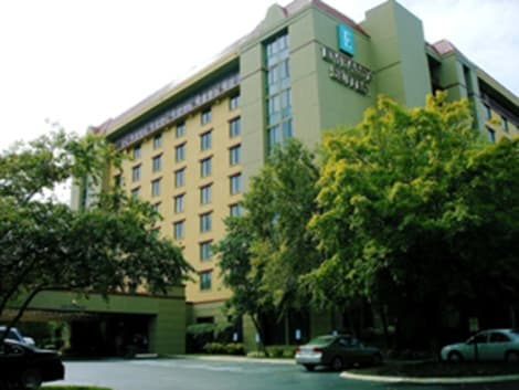 Hotel Embassy Suites by Hilton Nashville Airport