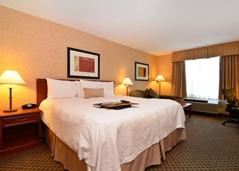 Hampton Inn & Suites by Hilton Langley-Surrey Hotel