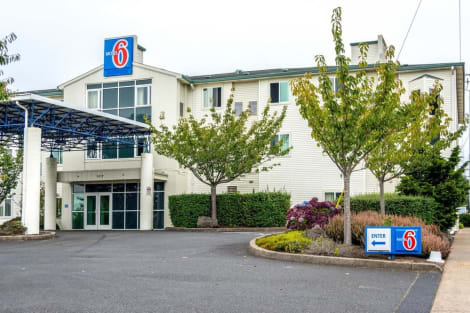 Motel 6 Lincoln City Hotel