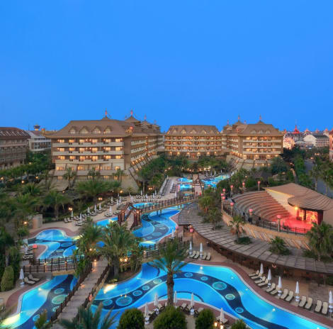 Royal Dragon Hotel – All Inclusive Hotel