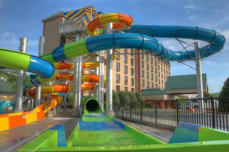 Country Cascades Waterpark Resort Hotel