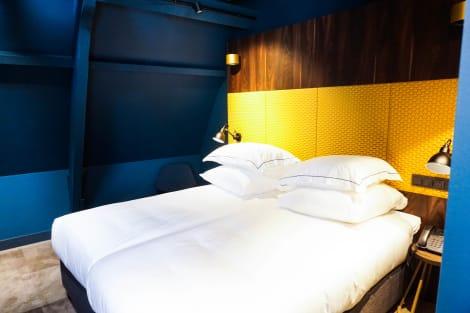 Hotel De Jonker Urban Studios & Suites