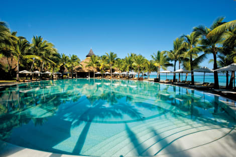 Paradis Beachcomber Golf Resort & Spa Hotel