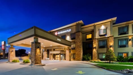 Best Western Plus Grand Island Inn & Suites Hotel