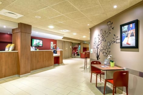 Campanile Toulouse Ouest - Purpan Hotel