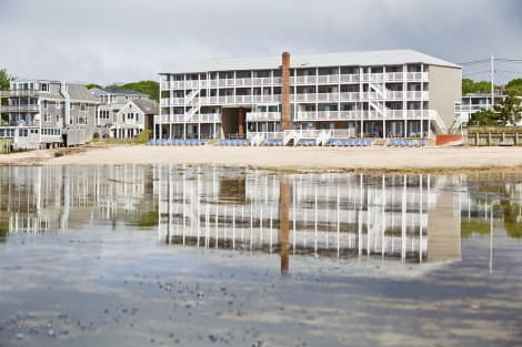 Hotel Surfside Hotel and Suites