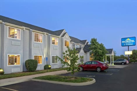 Microtel Inn & Suites by Wyndham Mason/Kings Island Hotel