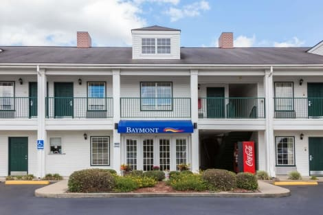 Hotel Baymont by Wyndham Waycross