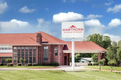 Hawthorn Suites by Wyndham Irving DFW South Hotel