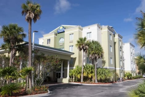 Hotel Days Inn & Suites By Wyndham Fort Pierce I-95