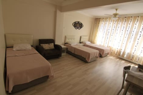 Delta hotel istanbul hotel istanbul from 40 for Darkmen hotel istanbul