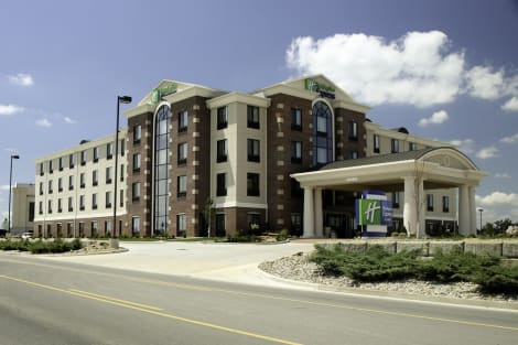 Holiday Inn Express Hotel & Suites Marion Northeast Hotel