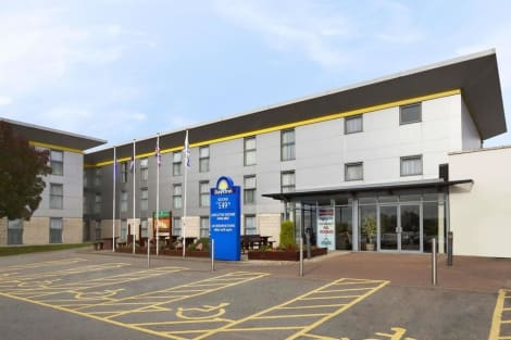 Days Inn by Wyndham Leicester Forest East M1 Hotel