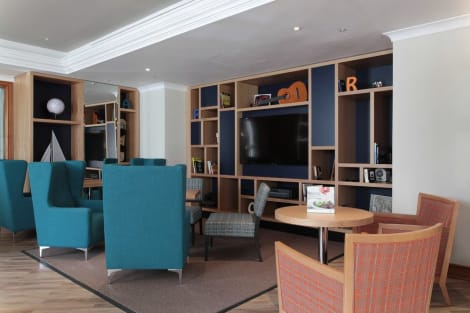 Holiday Inn LONDON - HEATHROW T5 Hotel