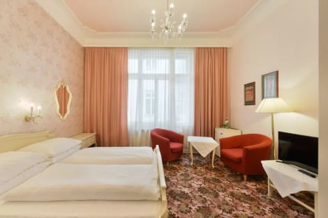 Bed & Breakfast Hotel Pension Baronesse