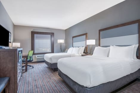Holiday Inn Express & Suites Stillwater - University Area Hotel