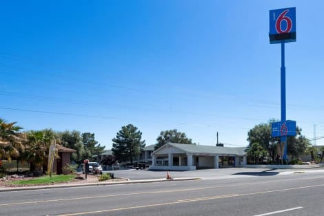 Motel 6 Kingman - Route 66 West Hotel