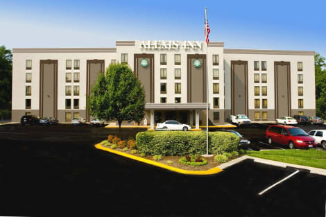 Hotel The Alexis Inn & Suites - Nashville Airport