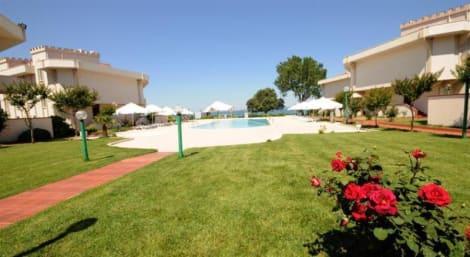 Idakale Resort