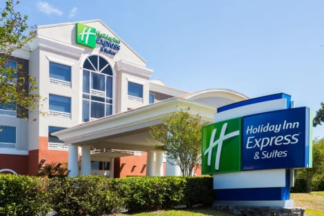 Hotel Holiday Inn Express & Suites TAMPA-FAIRGROUNDS-CASINO