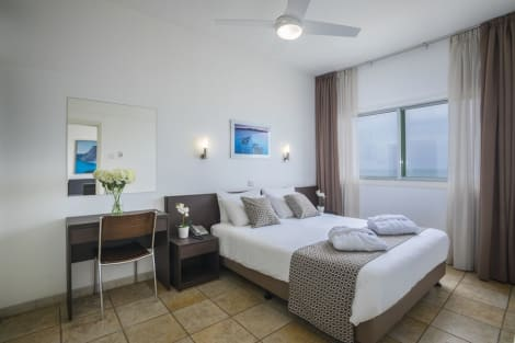 Costantiana Beach Hotel Apartments Apartahotel