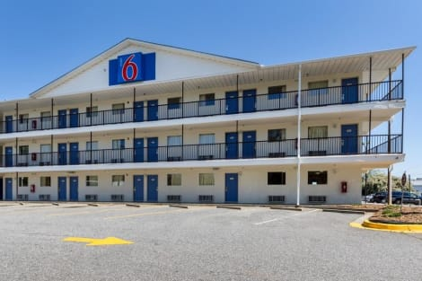 Motel 6 Greenville SC Hotel