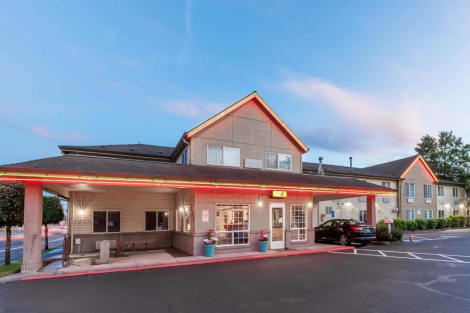 Hotel Super 8 By Wyndham Gresham/Portland Area Or