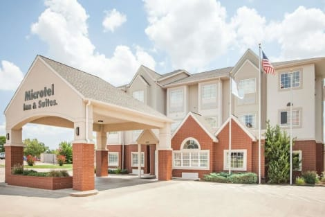 Microtel Inn & Suites by Wyndham Stillwater Hotel