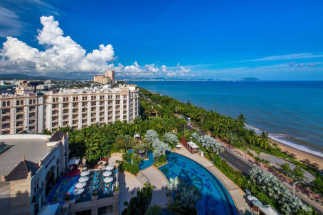 Crowne Plaza RESORT SANYA BAY Hotel