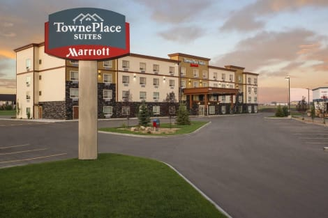 Towneplace Suites by Marriott Red Deer Hotel