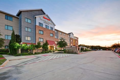 Hotel Towneplace Suites By Marriott Dallas Lewisville