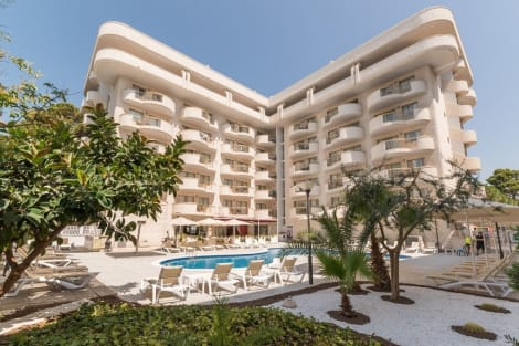Hotel Salou Beach by Pierre & Vacances Apartaments