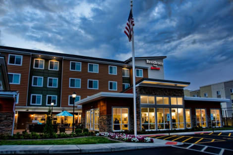 Residence Inn by Marriott Springfield South Hotel