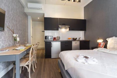 Hotel Azur City Home