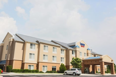 Fairfield Inn & Suites Lexington Berea Hotel
