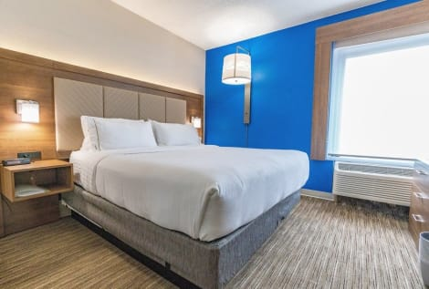 Holiday Inn Express & Suites Brentwood North-Nashville Area Hotel