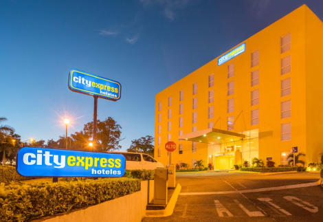 Hotel City Express San Jose Airport