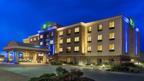 Holiday Inn Express & Suites Midland South I-20 Hotel