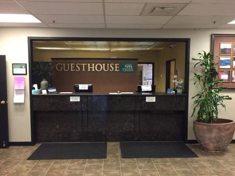 GuestHouse Wilsonville Hotel